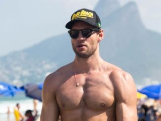 Ex-nadador Franco Noriega abre academia na Praia de Ipanema