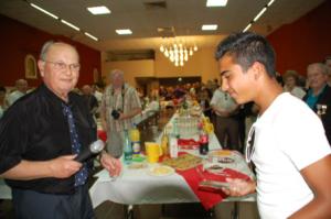 Ruben et Guy Pares, Maire de Pia