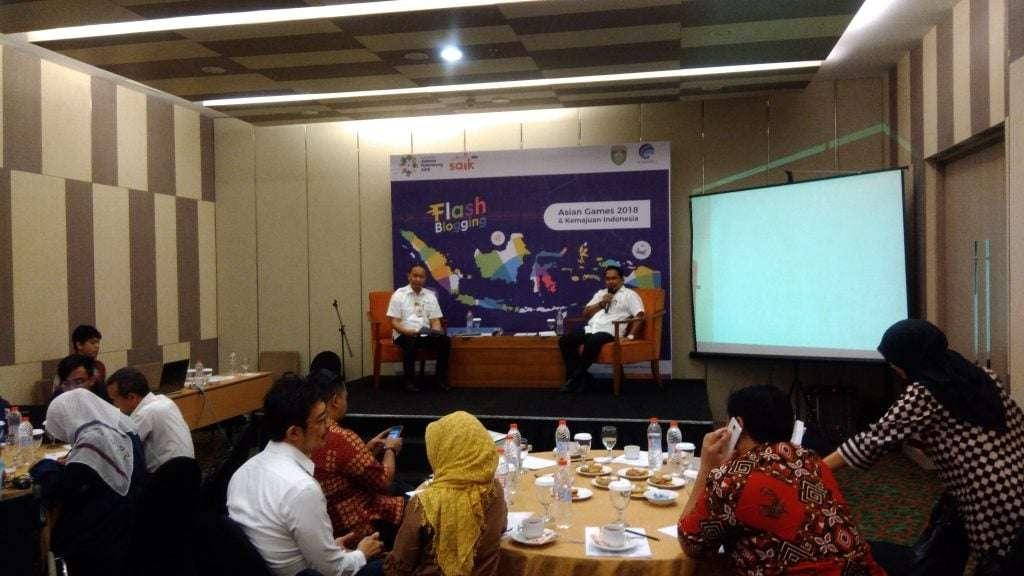Flash Blogging dengan Kemkominfo di Palembang