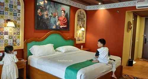 Kamar hotel senyum world batu malang