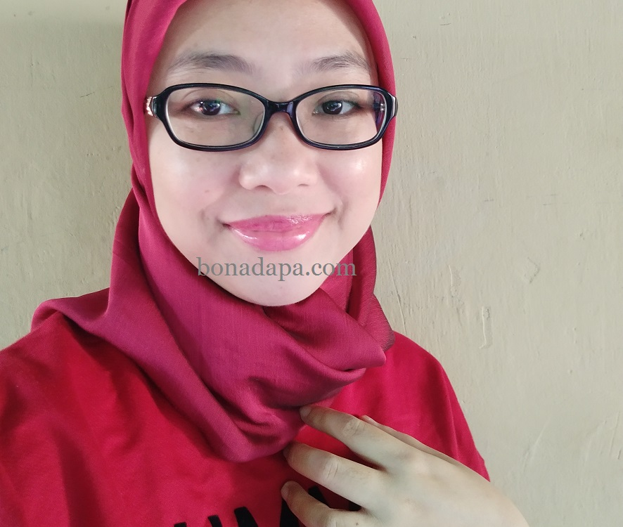 Review Lipstick Laneige Stained Glasstick No.12 Red Vibe