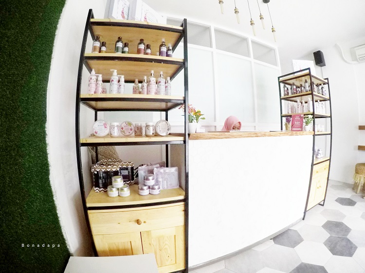 Interior Salon MOZ5 Palembang Square 3