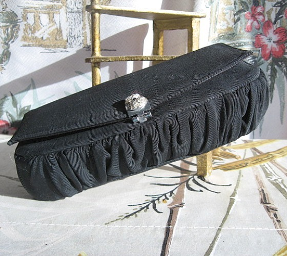 1950 60 handbag clutch purse evening fancy clasp