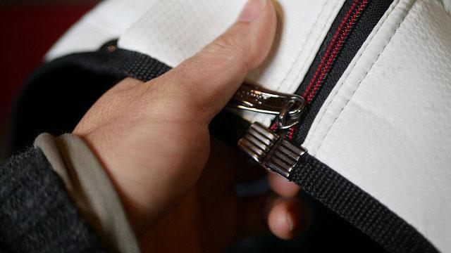 (SRIXON)スリクソン/キャディバッグフードカバーのスライダー交換とファスナーのズレを修正