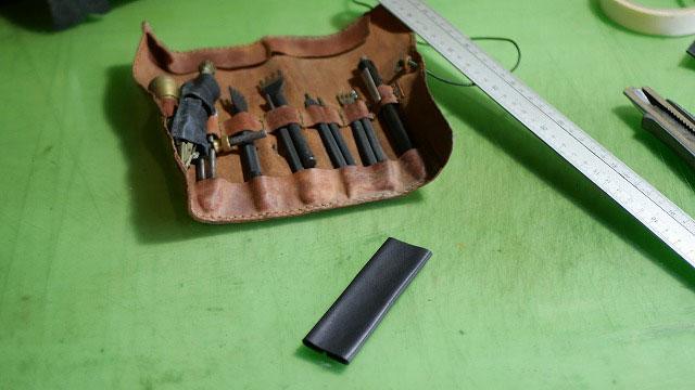(Titlelist)タイトリスト/VOKEY DESIGN WEDGESキャディバッグの欠損したハンドルを革で作製