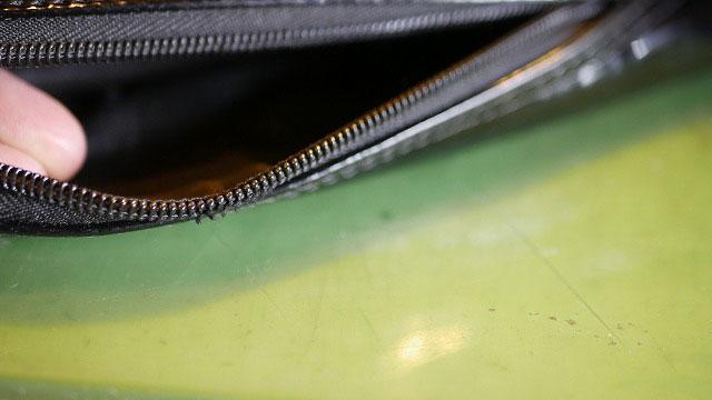 (キャディバッグ)フードカバーのファスナーレールの解れ修理