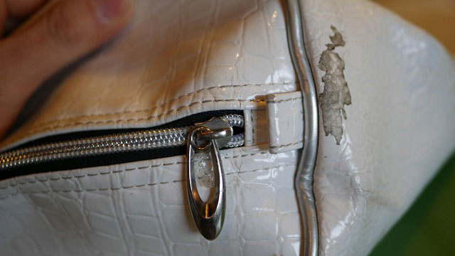 (kappa)カッパ/キャディバッグフードのジッパー左右ずれを修正