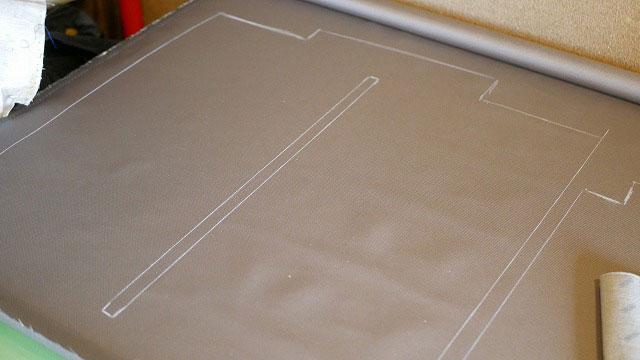 (RIMOWA)リモワ/2輪サルサの内装から新しい生地に型を写す
