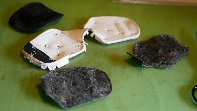 (MIURA)三浦技研/キャディバッグのショルダーを掛けるDカン根革を解体する