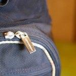 (BURBERRY)バーバリー/キャディバッグのポケットファスナー持ち手が外れている