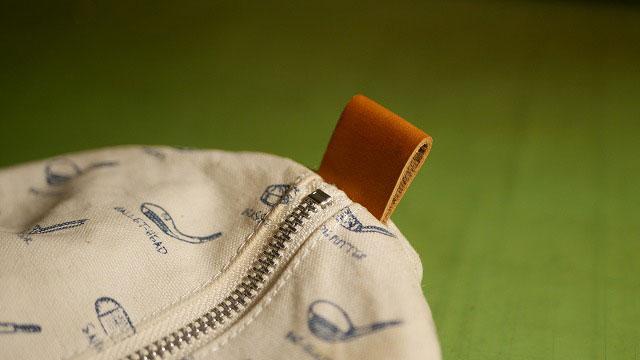 木の庄帆布/キャディバッグのフードカバーに付いている革ベルトの切れを修理
