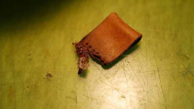 木の庄帆布/キャディバッグフードカバーの革ベルト切れ