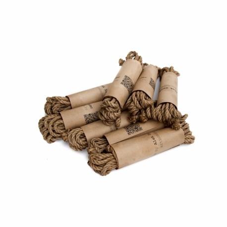 alekzander-shibari-japanese-rope-jute-04-covered-c