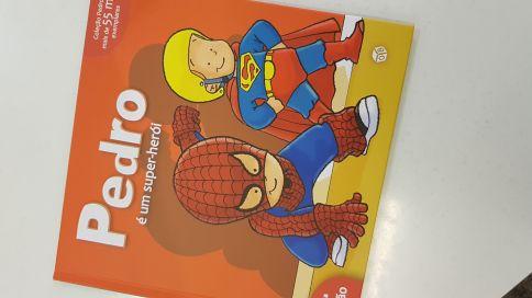 """Super herói de meninos, porque as meninas """"são medricas"""""""
