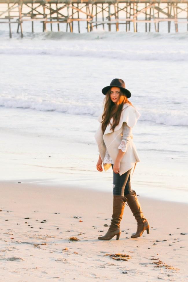 #OOTD // Lace Hem Sweater & Shearling Wrap Vest | BondGirlGlam.com