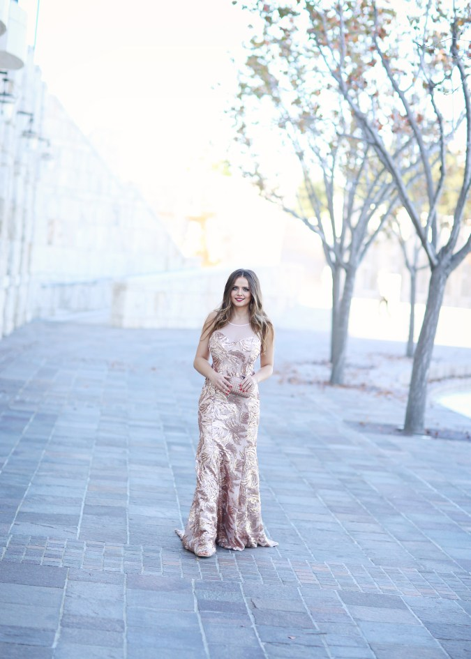#OOTD // Rose Gold Sequin Mermaid Gown | BondGirlGlam.com