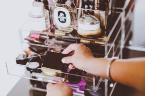 How I Organize My Makeup Vanity