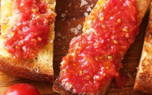 tomatenbrood Red Travel Pics