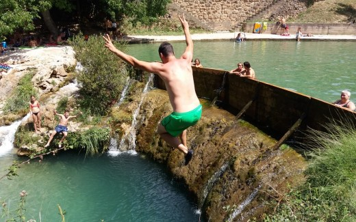 Natuurzwembad Piscina natural Beceite BDT reisti
