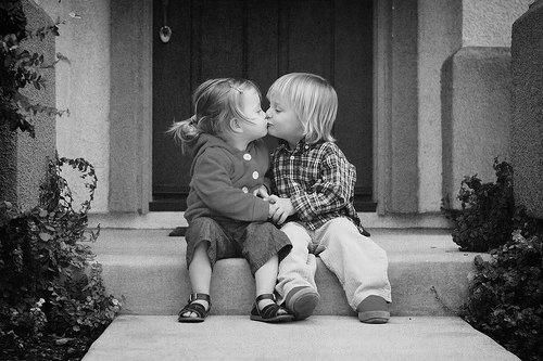 black-and-white-couple-cute-kids-Favim.com-327034