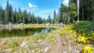 Mo hikes around Blackmore Lake
