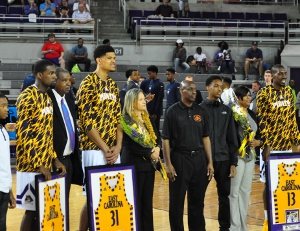 <span style='color:#111111;text-decoration:none!important;font-size:16px;text-transform:uppercase;'>Basketball</span><br>Senior Night Photo Gallery