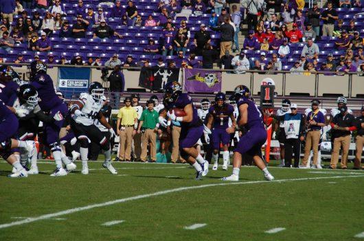 True freshman Darius Pinnix takes the first handoff of the game for a 15-yard gain.
