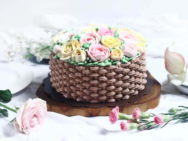 Korean buttercream cake, homemade flower cake, premium lapis Surabaya, birthday cake Jakarta, rose cake