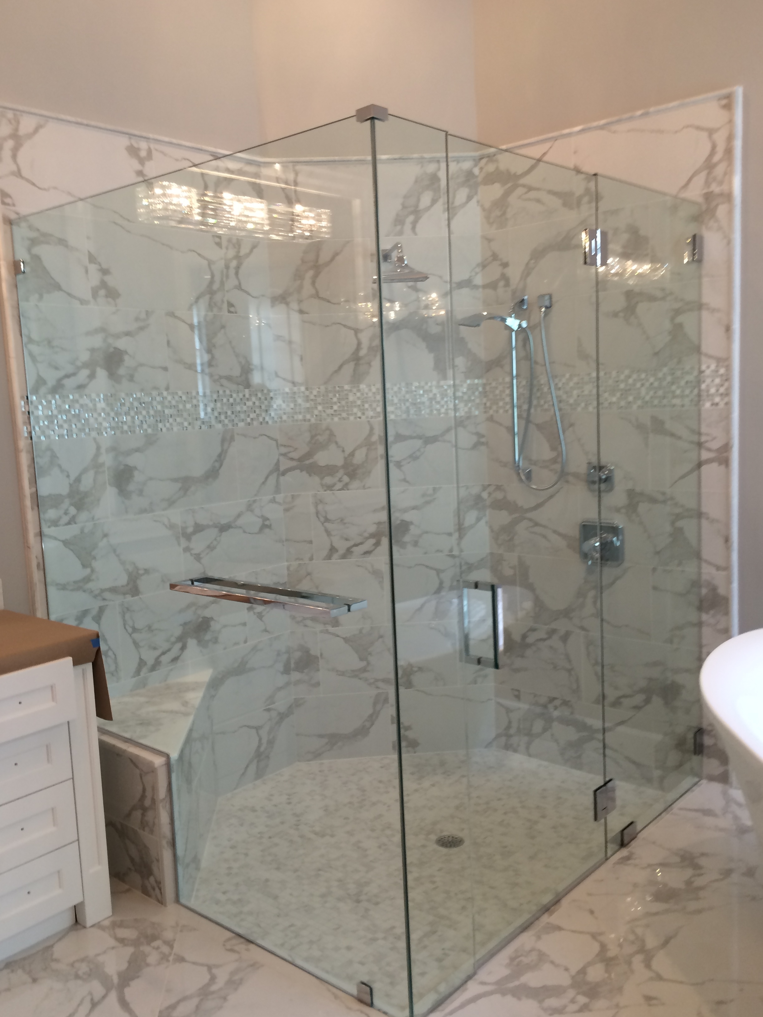 Which Options For Frameless Shower Doors The Glass Shoppe