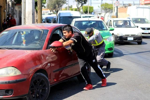 Aspecto del desabasto de combustible en León