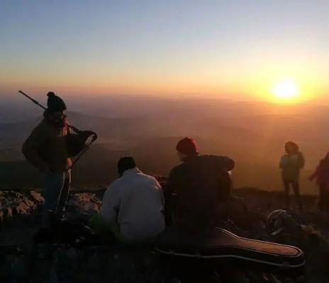 Balade pour admirer le lever de soleil du Mézenc proposé par le festival Rendez-vous là Haut