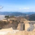 え、日本にマチュピチュ!?今はなき竹田城、天空の城を散策する。車窓からの景色は秘境感満載!!