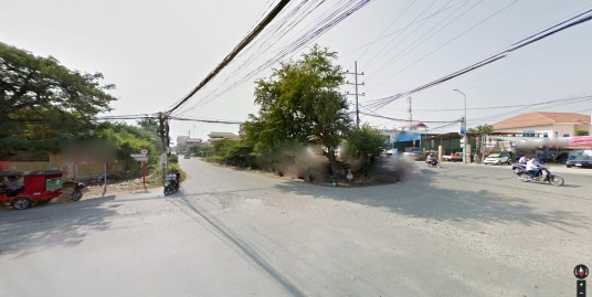 Land with 3 access roads for sale in Toul Kok