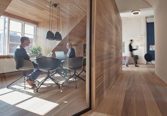Meeting Room, Seismonaut 2014, Photo: Morten Fauerby