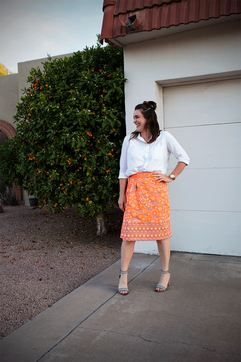 Create this DIY wrap skirt with some floral fabric for spring or summer. The perfect sewing project for warm weather.