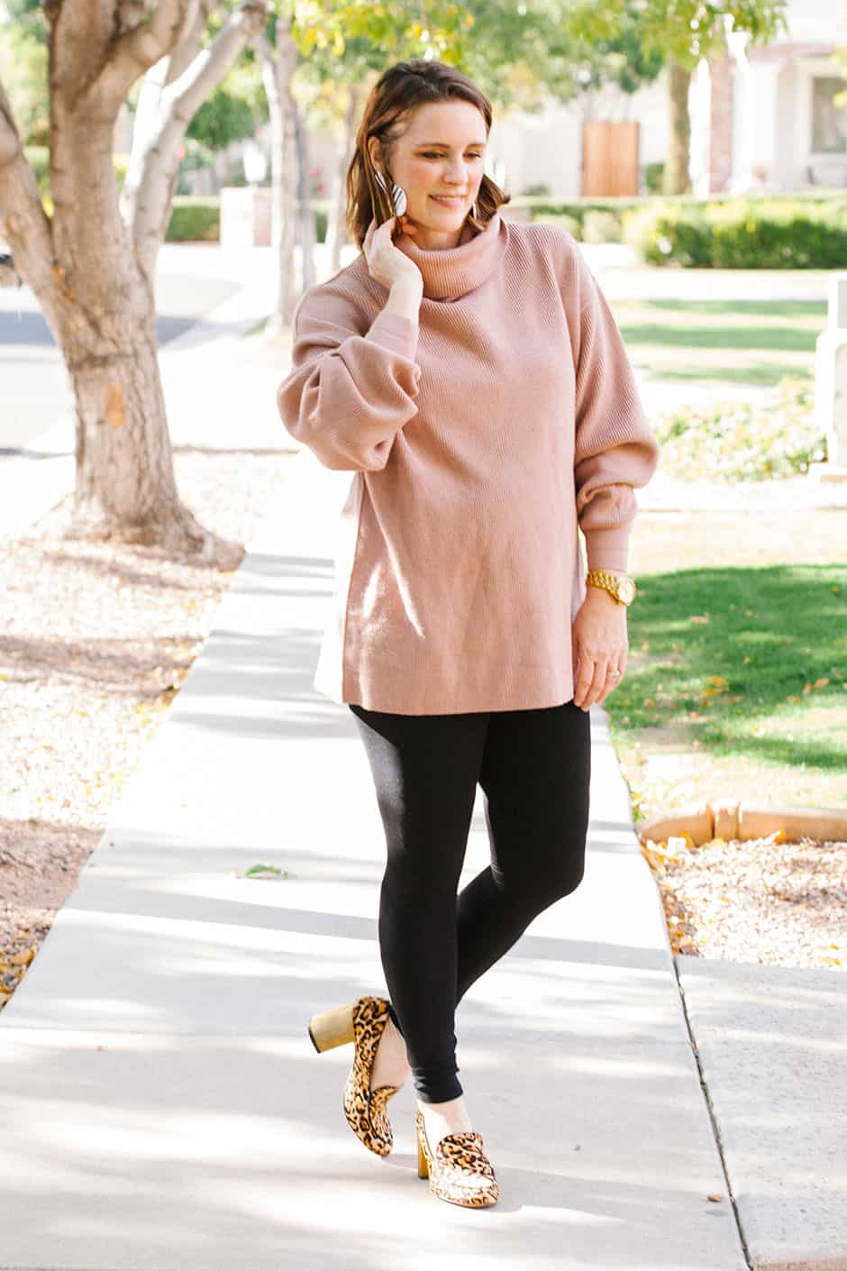 Looking For What To Wear With An Oversized Sweater