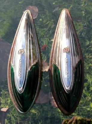 1950s universal clearance lights green glass lens - marker lights