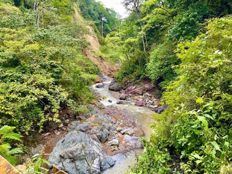 Waterfall Ciudad Colon in Costa Rica