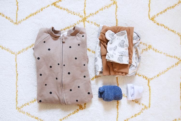 Kliniktasche für die Geburt packen - Was muss rein? Tipps von Mamas