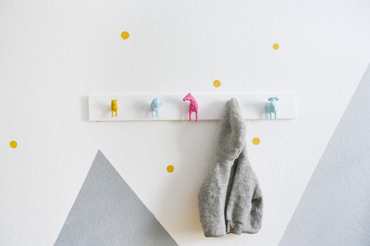 Garderobe fürs Kinderzimmer DIY