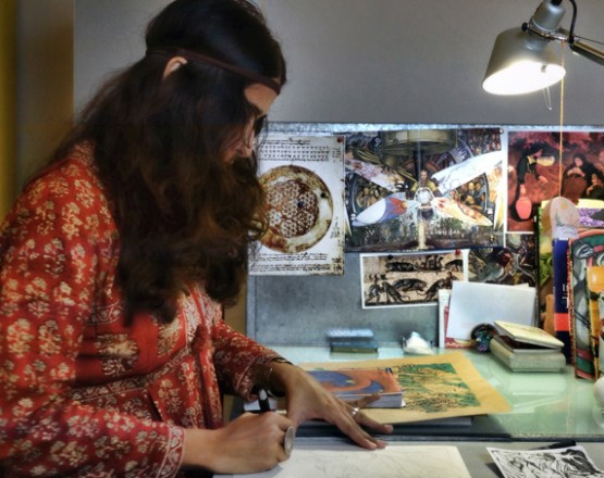 Amruta Patil dans son atelier - Photo Alain François