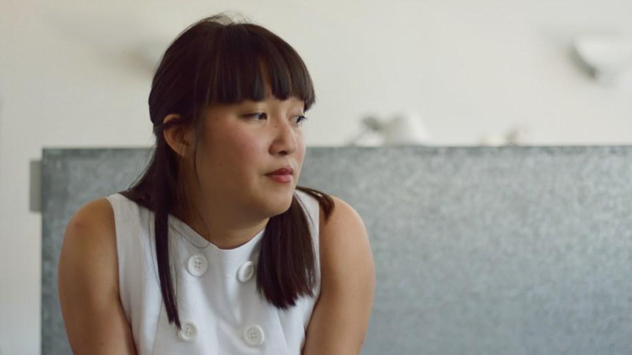 Portrait : Mai Li Bernard en blanc