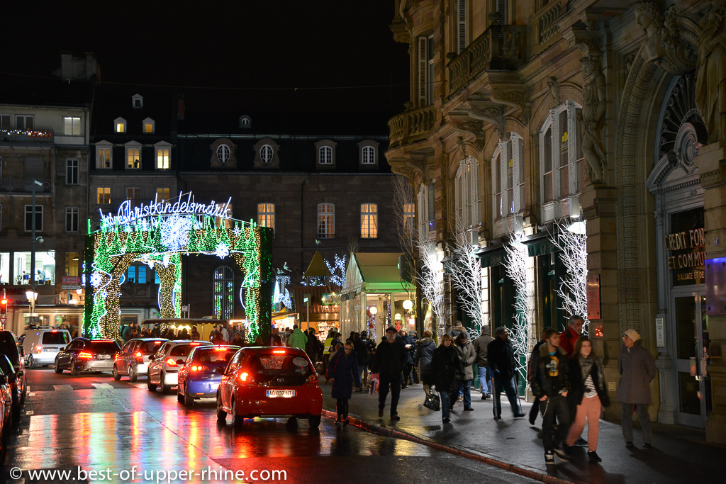 Vers la place Broglie et son marché de Noël