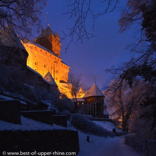 Haut-Koenigsbourg à la tombée de la nuit
