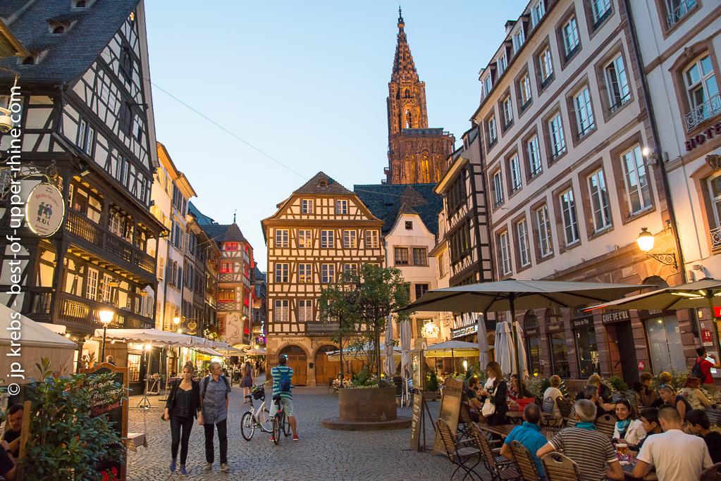 Le vieux Strasbourg aux abords de la cathédrale