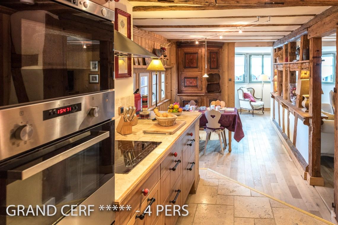 Grand Cerf à riquewihr - appartement 5 étoiles vue sur la cuisine