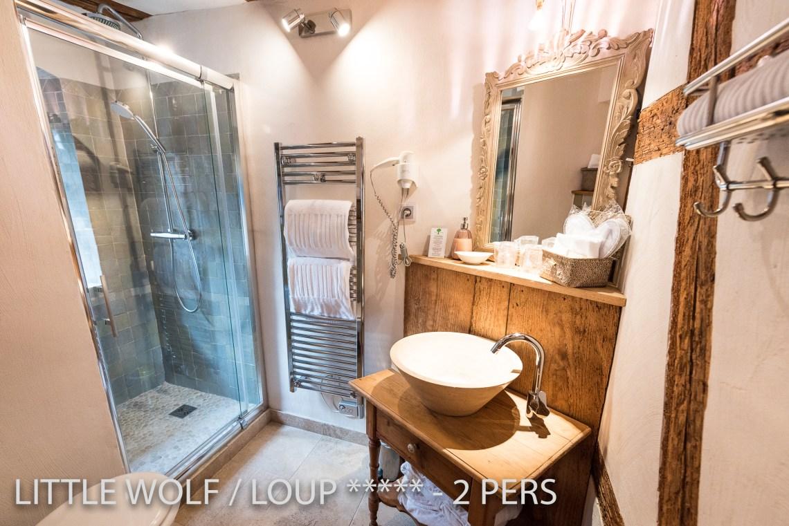 Le loup à riquewihr - appartement 5 étoiles la salle de bain
