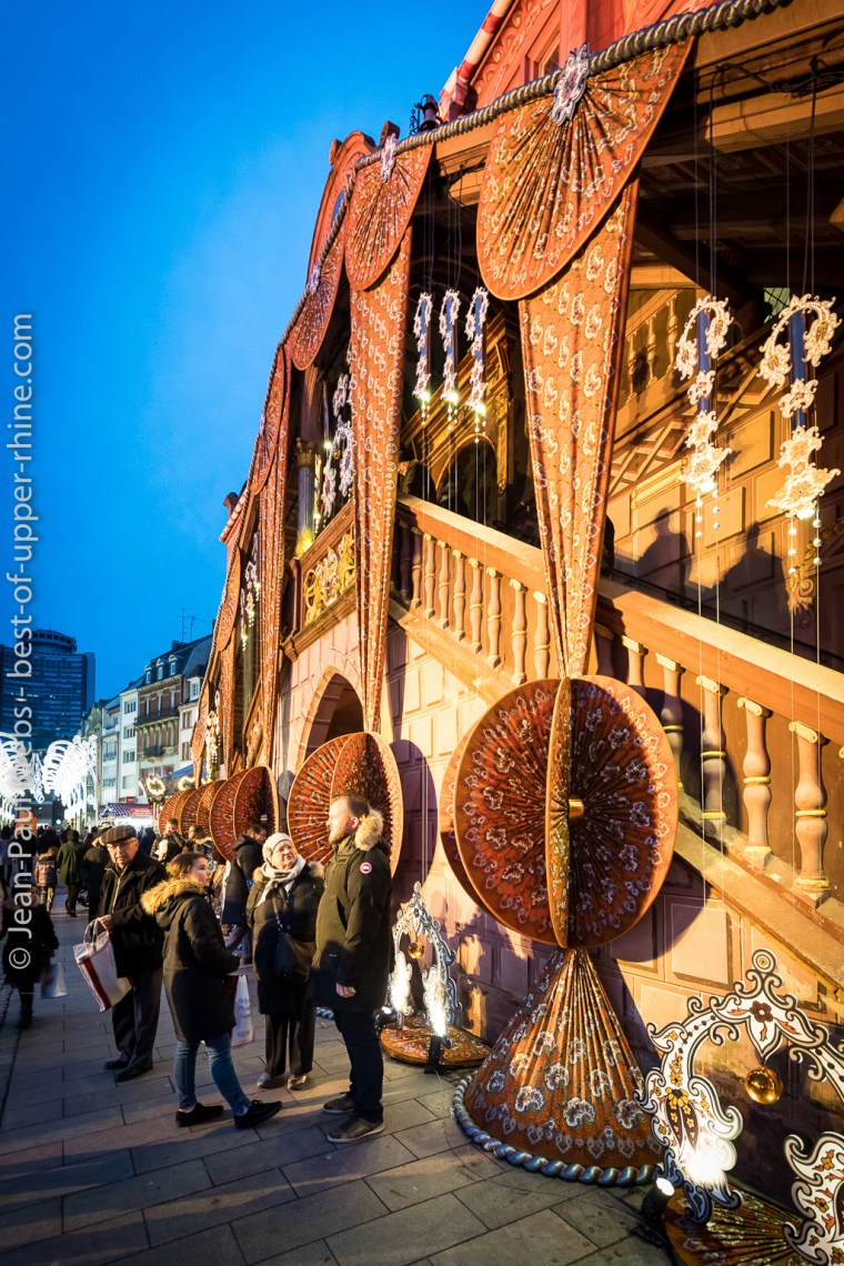 Marché de Noël de Mulhouse, étoffe de Noël 2018