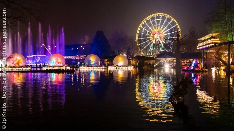 La grande roue d'Europa Park à la période de Noël.
