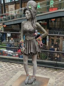 amy-winehouse-camden